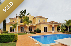 New Modern 4 Bedroom Villa in the Almancil countryside