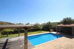 Covered terrace w/ pool