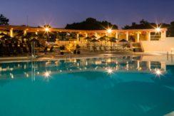 Vilar do Golf Facilities Swimming Pool Bar