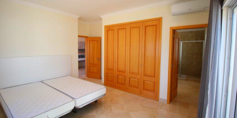 10 Room 1