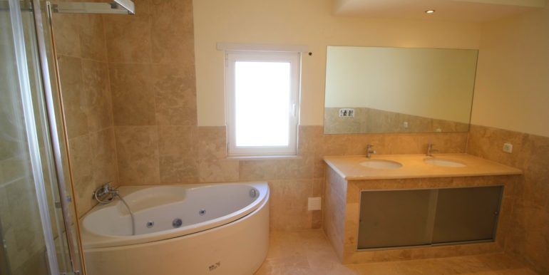 6 Master Bathroom