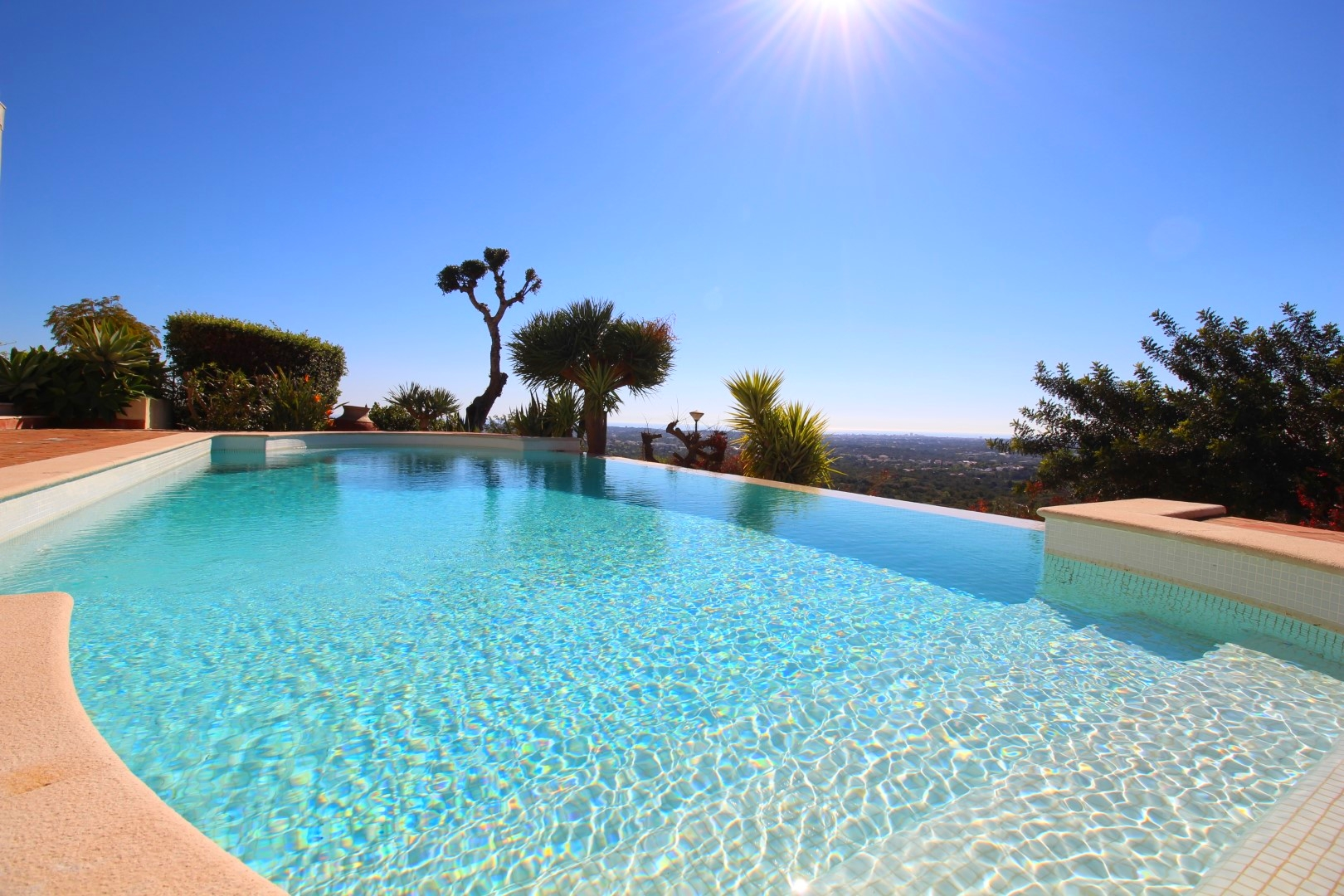 Luxury 5 bedroom Villa with Stunning Views for Long Term Rental in the Hills of the Golden Triangle