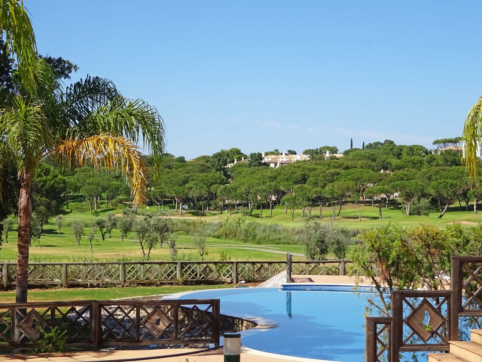 Long Term Rental in Quinta do Lago with Fabulous Golf and Country Views – 3 Bedroom Townhouse with garden and pool