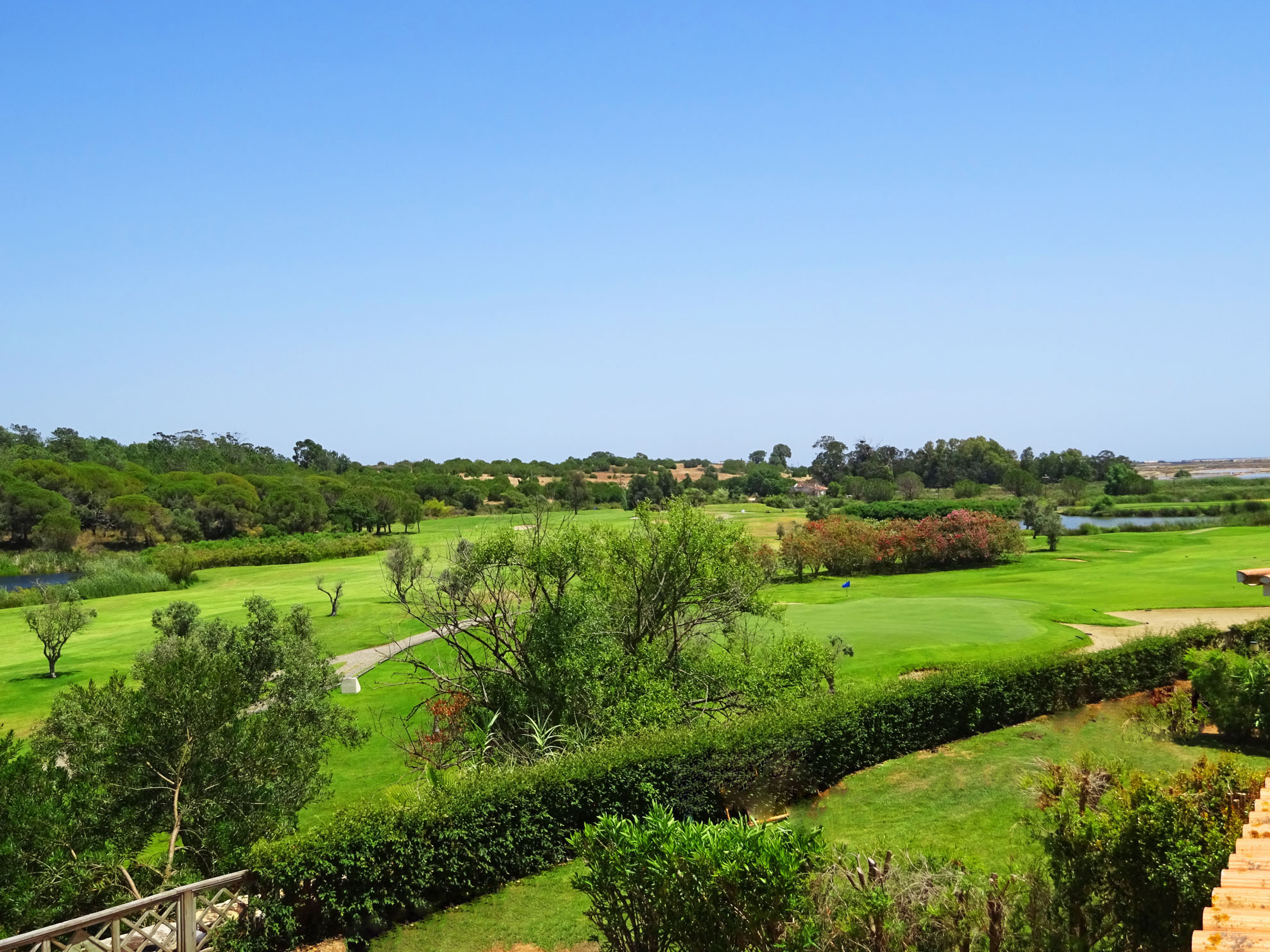 Long Term Rental in Quinta do Lago with Fabulous Golf and Country Views – 3 Bedroom Townhouse Corner Unit with garden and pool